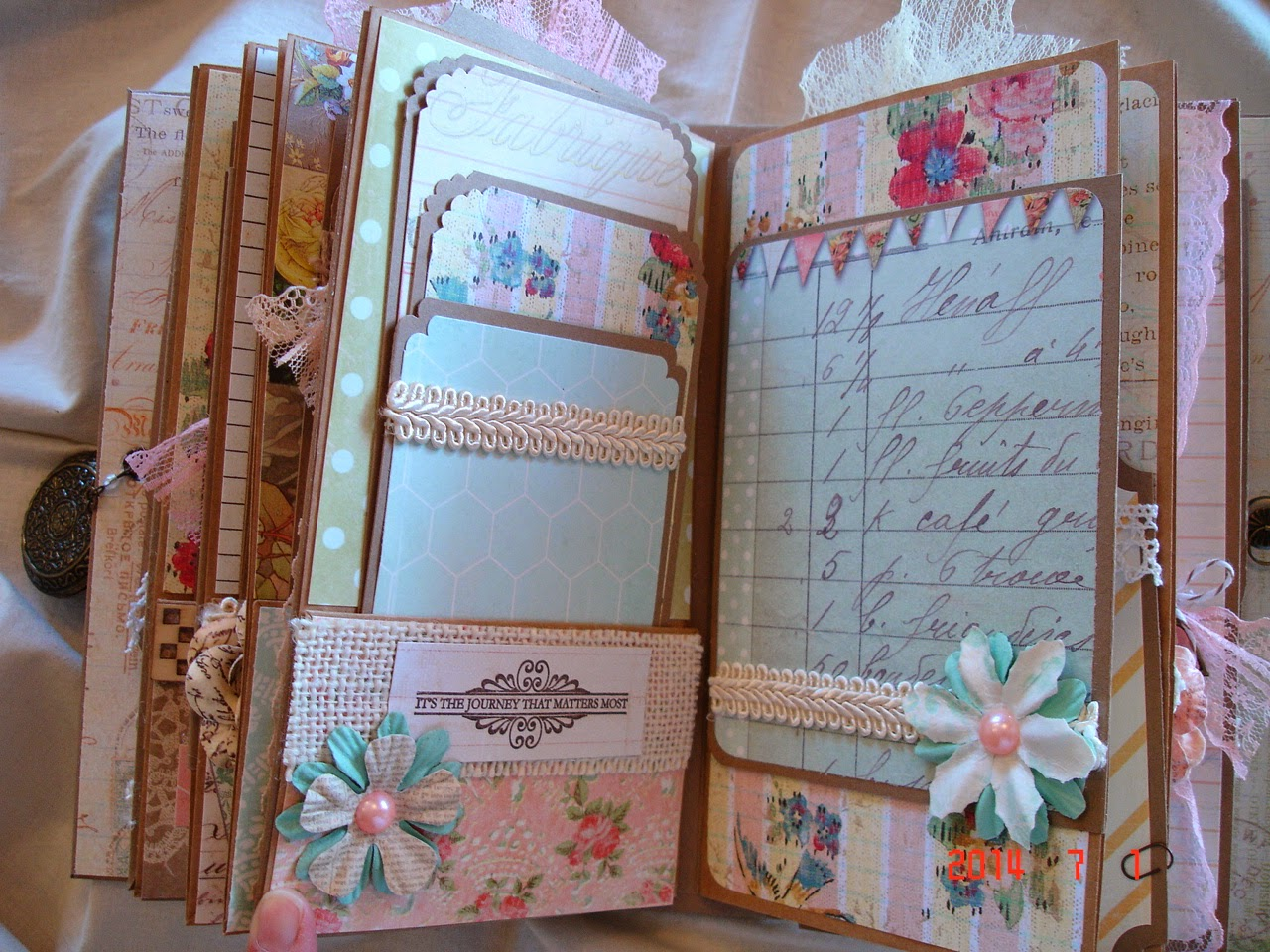 scrapbooking by phyllis premade scrapbook mini album memories. Black Bedroom Furniture Sets. Home Design Ideas