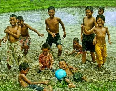 Kebebasan bermain bagi Anak-anak