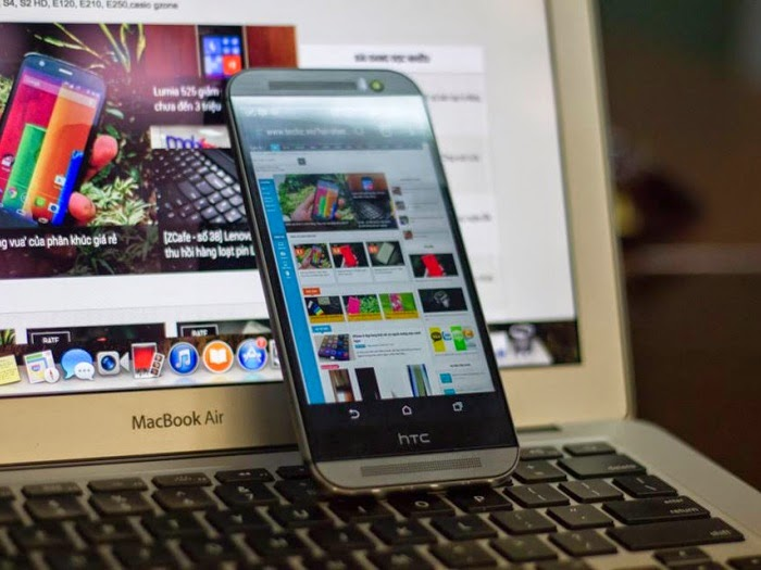 HTC One giảm giá chỉ còn 1 USD