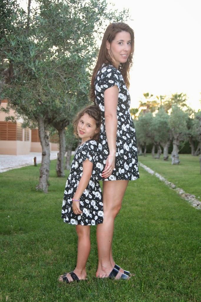 Jimena&me-51154-descalzaporelparque