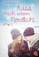 http://www.randomhouse.de/Taschenbuch/Kuess-mich-unterm-Nordlicht/Joanna-Wolfe/e468571.rhd