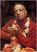 Su Divina Gracia A.C. Bhaktivedanta Swami Prabhupada