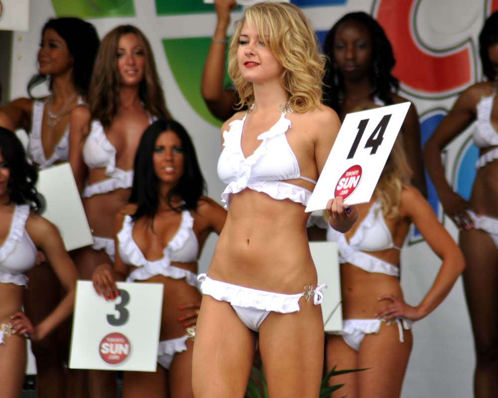 Photos From The 2015 Twin Peaks Bikini Contest In Shenandoah