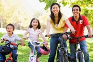 Keluarga sihat dan gembira