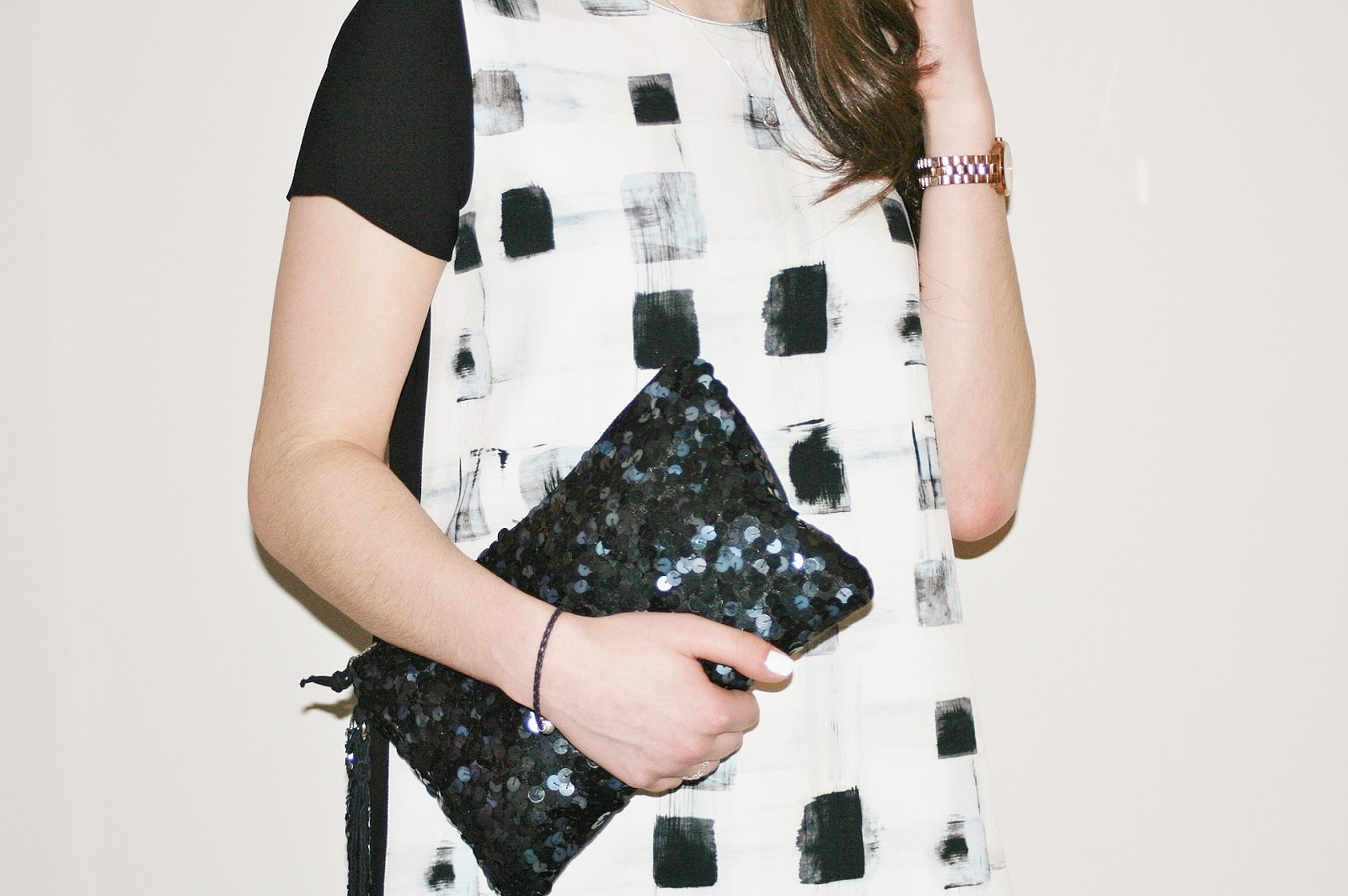 Katherine Penney Chic Fashion Style Outfit Evening Smart Zara Favourite Top Fancy Navy Black Prints