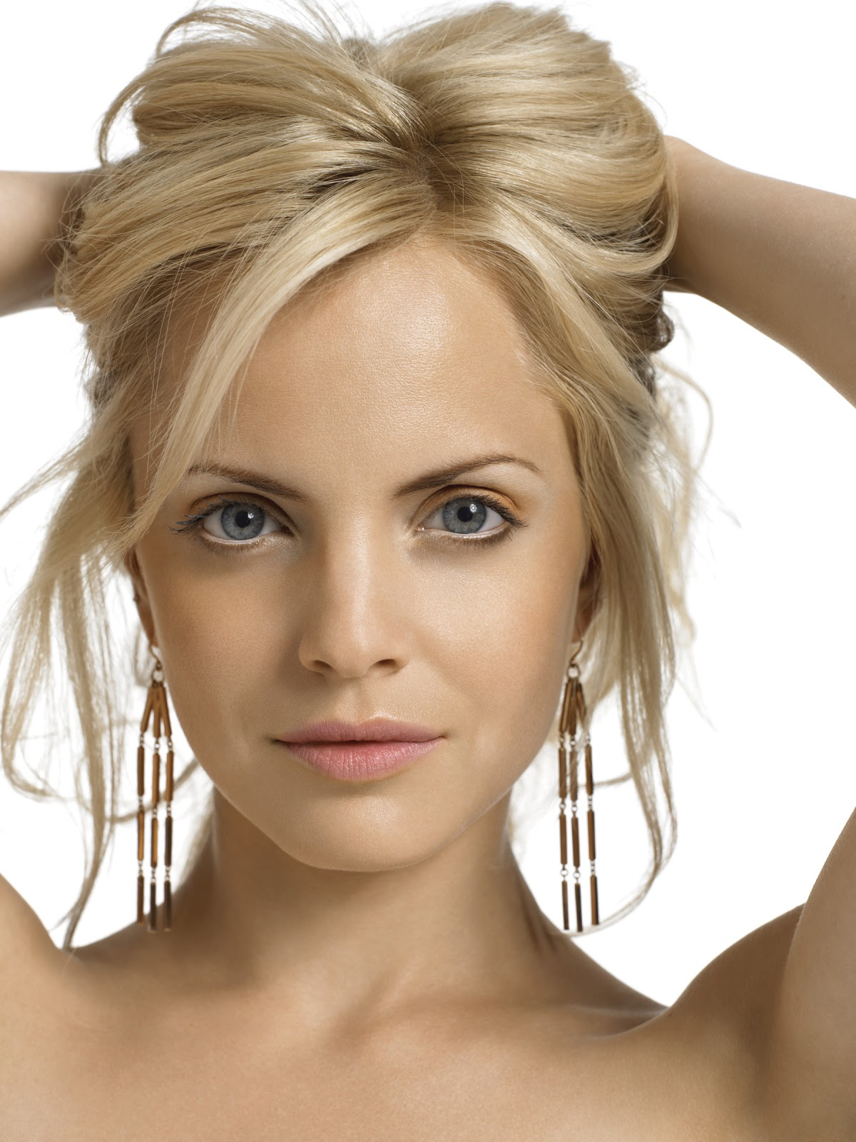 Latest Hair Styles Ramp Up Your Style With Blonde Hair Extensions