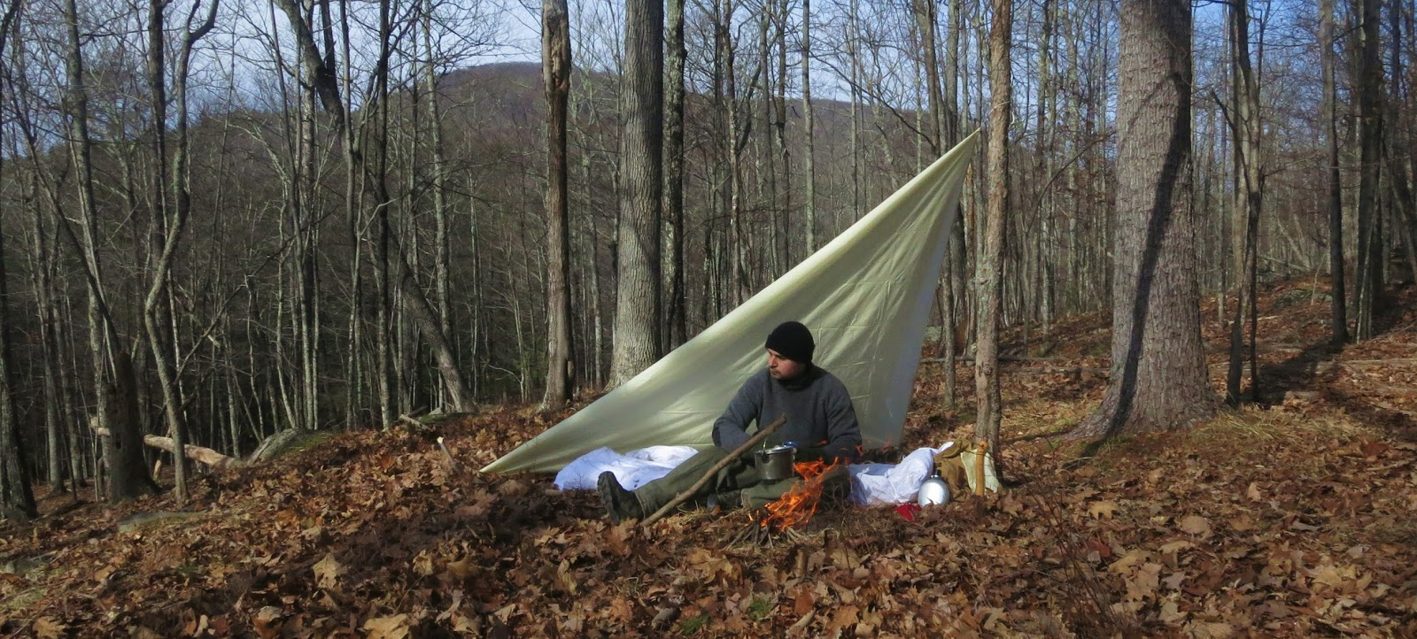 i had my wool blanket with me  i folded it over and used it as a ground pad  at first i pulled some dead leafs together but they were wet     wood trekker  trip report  classic backpacking 1 30 16   1 31 16  rh   woodtrekker blogspot