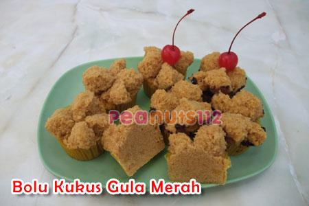 ... pilihan resep jatuh pada resep vivi liong yang bolu kukus gula merah