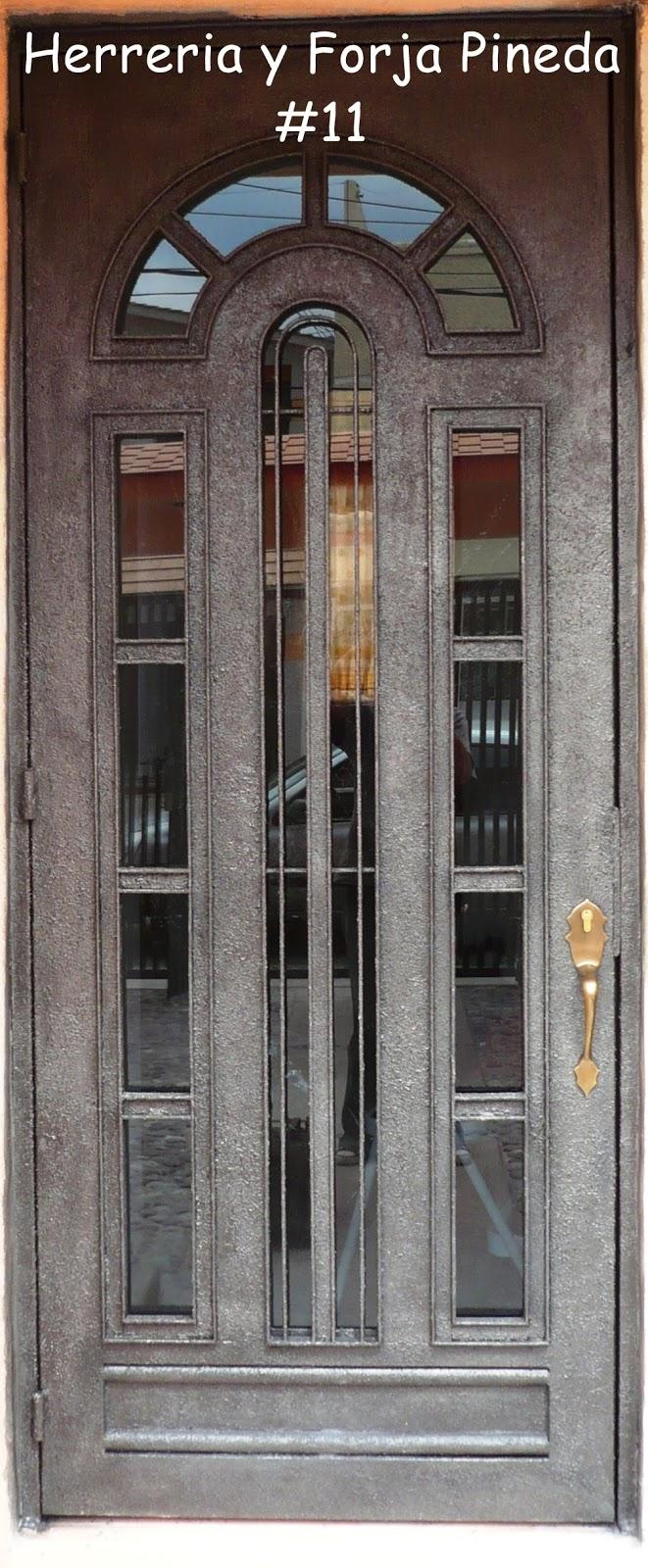 Herreria y forja pineda - Puertas forja exterior ...