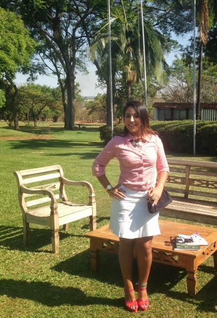 Look do dia: Camisa Rosa (Homenagem ao Outubro Rosa)