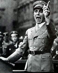 http://blogs.sapiens.cat/batecsclassics/2013/12/02/la-guerra-propagandistica/