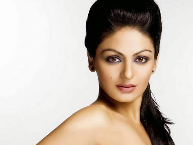 Neeru Bajwa HD Wallpaper
