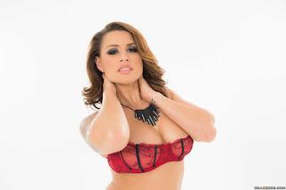 twerking girl - rs-0065-702832.jpg
