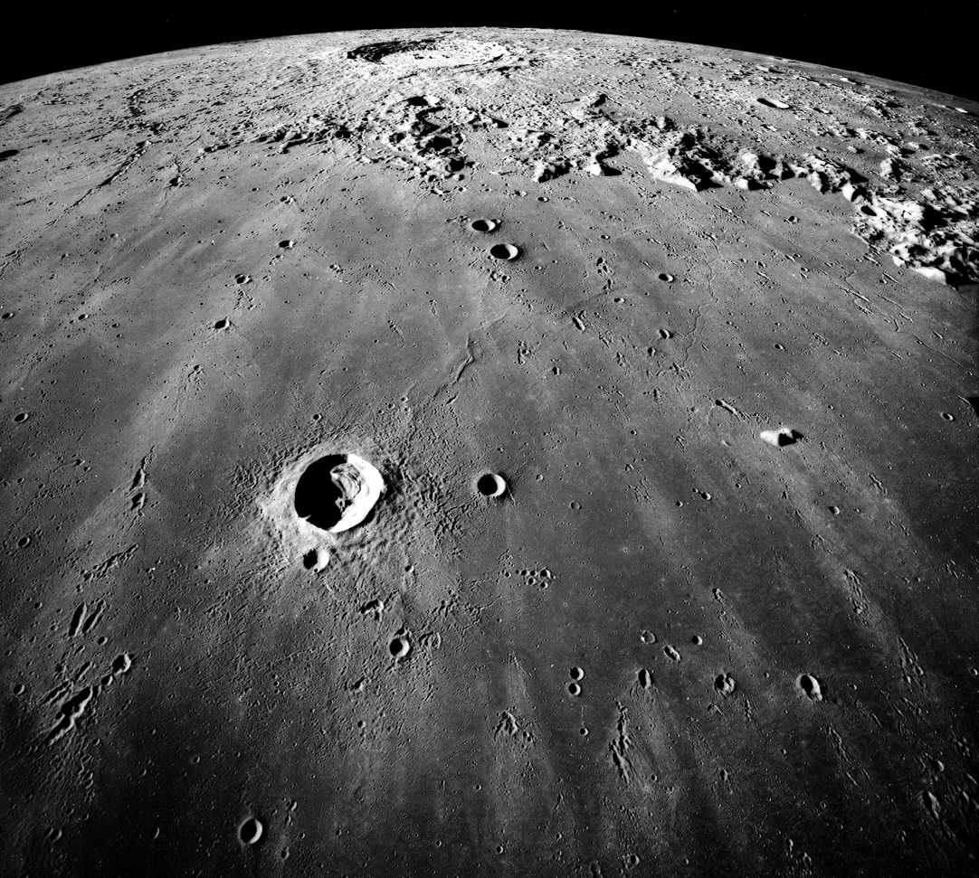 Observação Lua, Vênus & Saturno.  Mare_imbrium-apollo17