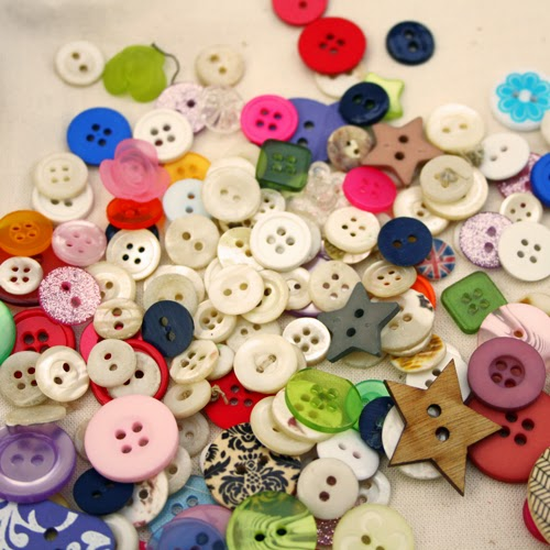 Vintage and mixed buttons
