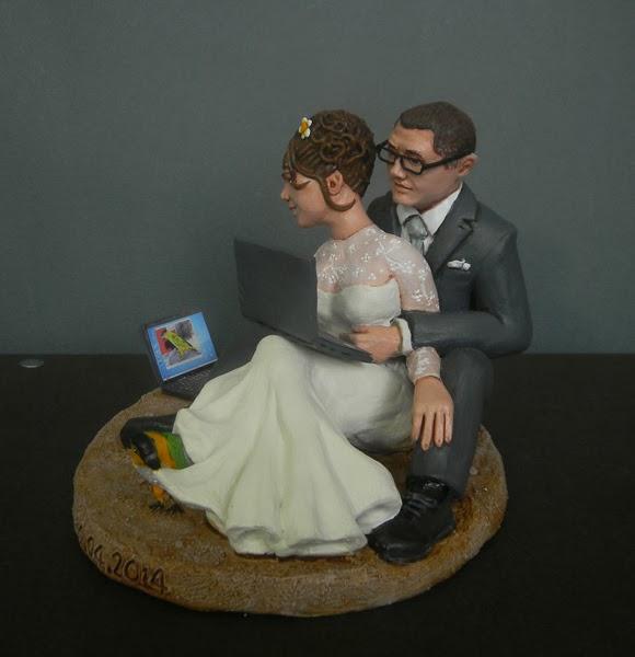topper cake sposi divertenti torta statuine personalizzate orme magiche