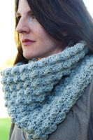 Pattern: Sedge Stitch Maxi Cowl