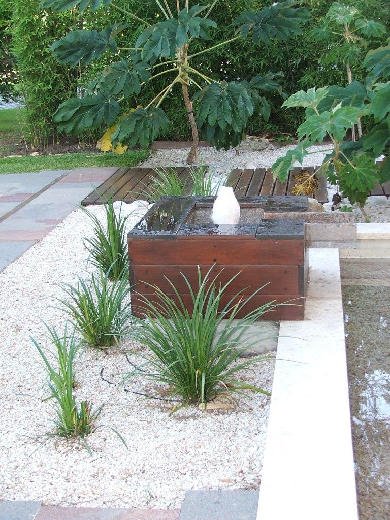 Papa pizzas caseras fotos de jardines fotos de plantas for Antorchas para jardin caseras