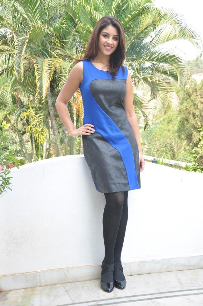 Richa hot in black dress
