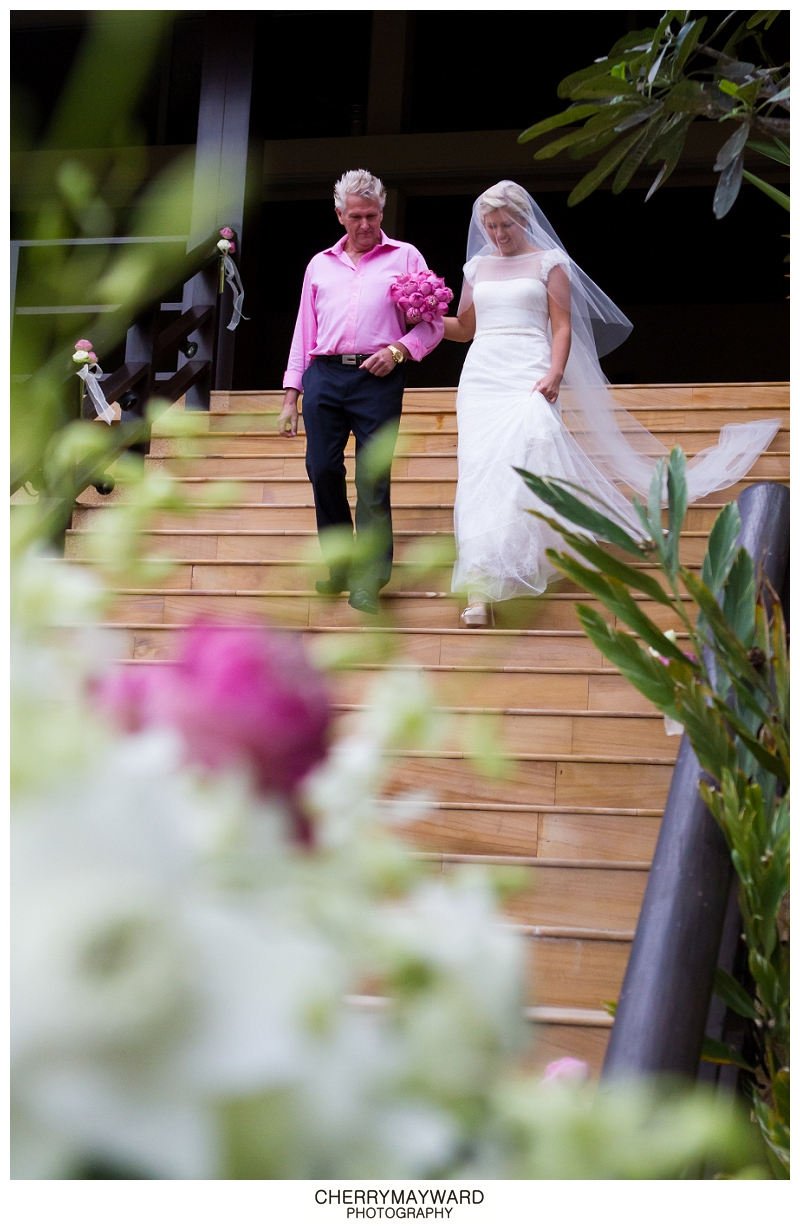 Father of the Bride and Bride walking to the ceremony, The Palace, Ama Lur, Koh Samui wedding