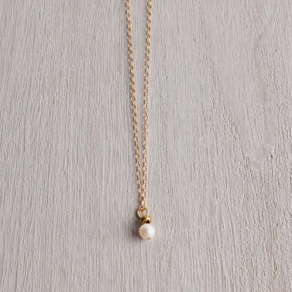 http://www.whitetrufflestudio.com/collections/new-arrivals/products/white-truffle-single-pearl-necklace