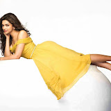 Deepika-Padukone-Hot-Photoshoot-for-Fiama-Photos (6)