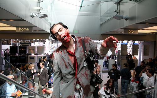 Las concentraciones de zombis y personajes siniestros son esencialmente contestatarias y cobrarán otra dimensión al concienciar sobre problemáticas globales