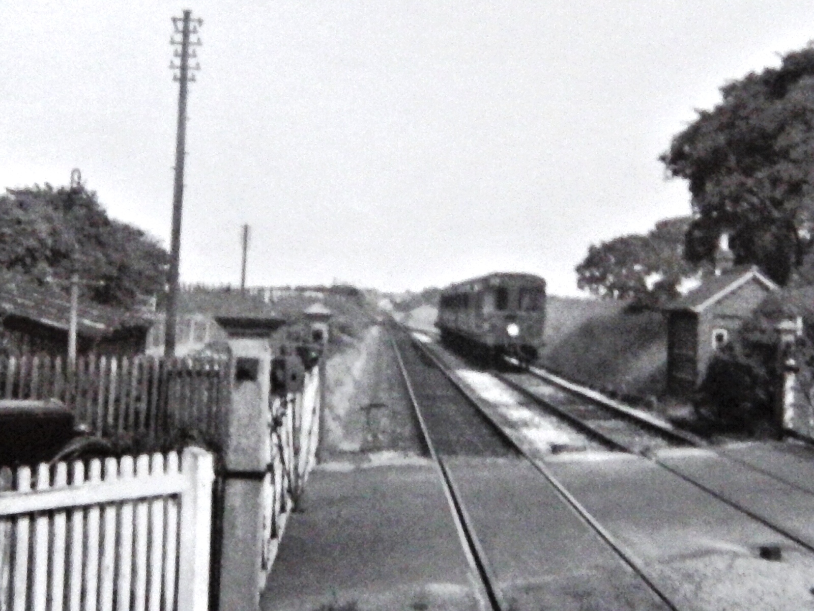 Train approaching Fort Brockhurst from Fareham