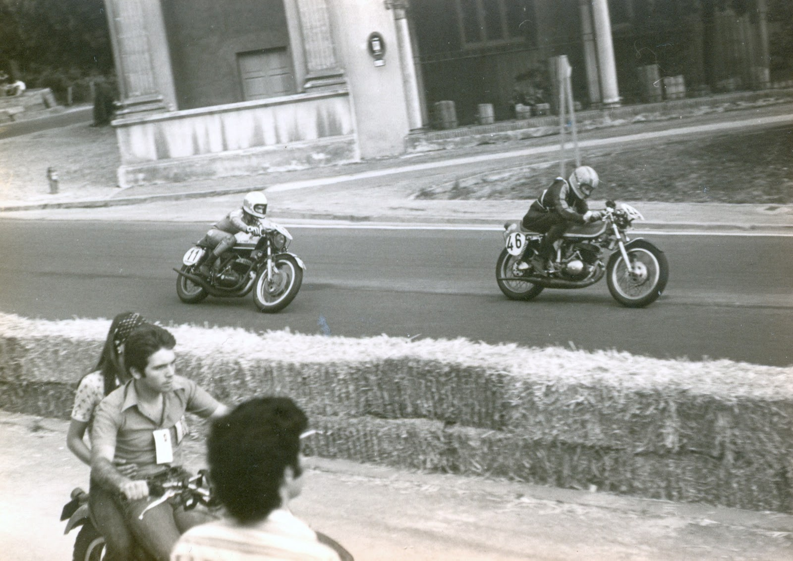 Réplica Bultaco 24H Alguersuari-De Juan Carol+E-1973-24H+Montju%C3%AFc-Montesa-Jaime+Barrig%C3%A1