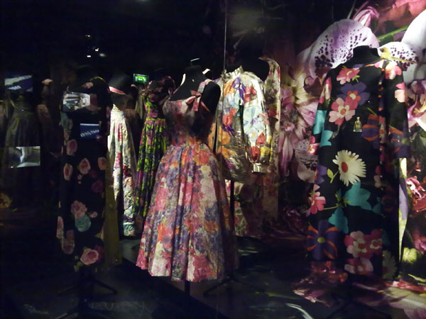 exposicion dries van noten paris