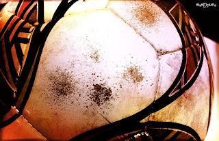 Me gusta el fútbol, pero no tanto. AlzaElpuño
