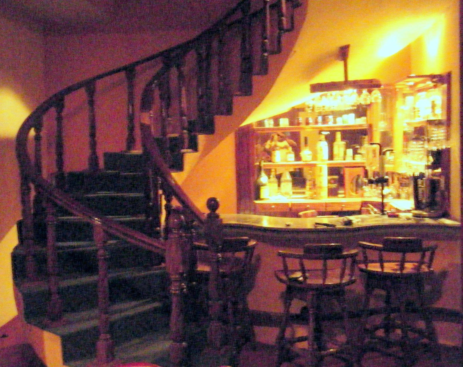 Puntos basicos carpinteria barra y contrabarra bajo for Barra bajo escalera