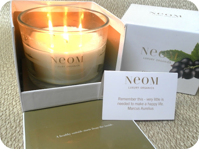 A picture of NEOM Contentment Candle