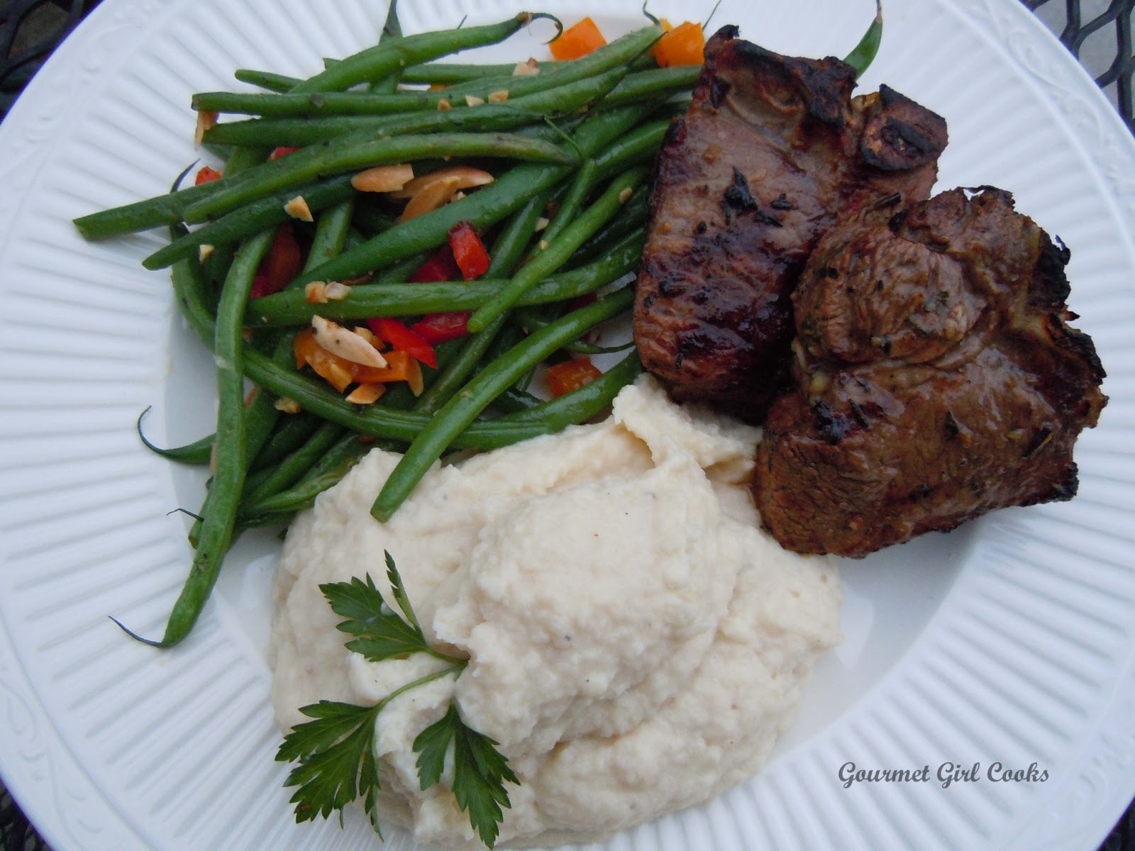 Gourmet Girl Cooks: Greek Style Marinated Grilled Lamb Chops