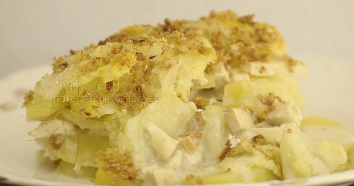 Pastel de patata y repollo con crema de ajo y tofu ahumado for Cocinar repollo con patatas