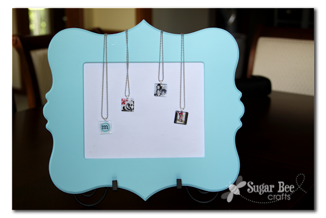 necklace display use a frame