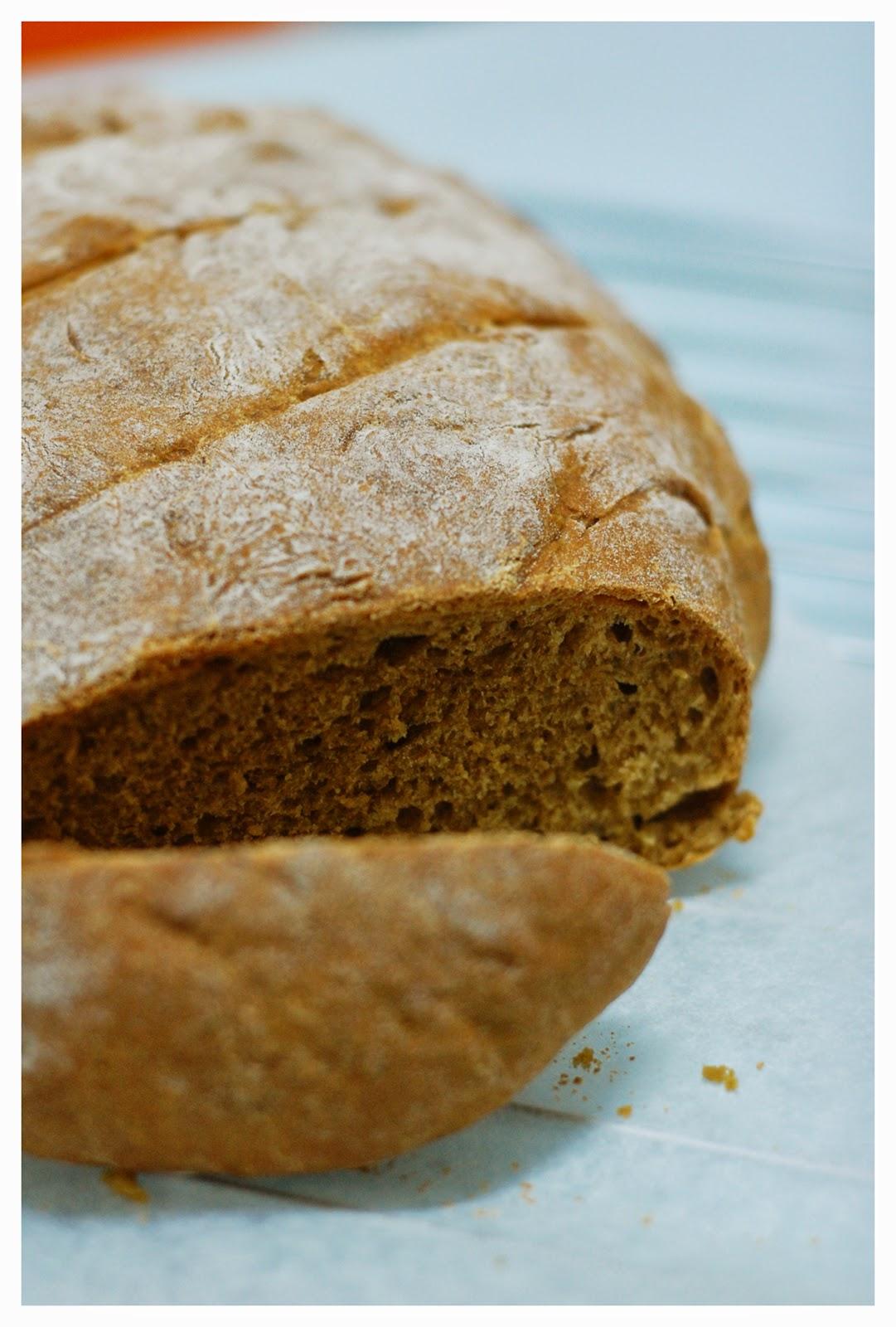 Coffee & Bread: Homemade organic oatmeal brown bread