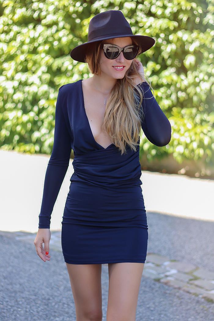 lioness sexy blue dress