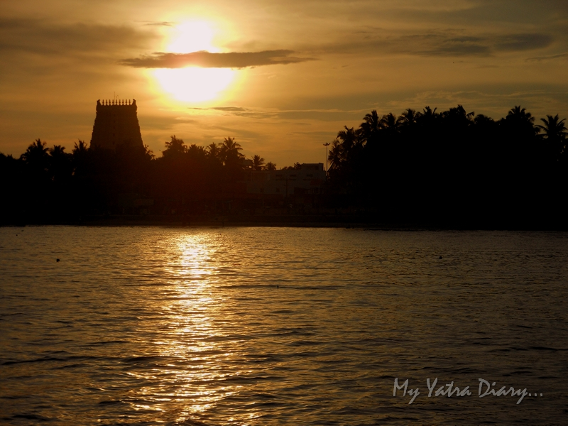 Ramanathaswamy  temple and Agni Teertham in Rameshwaram during sunset