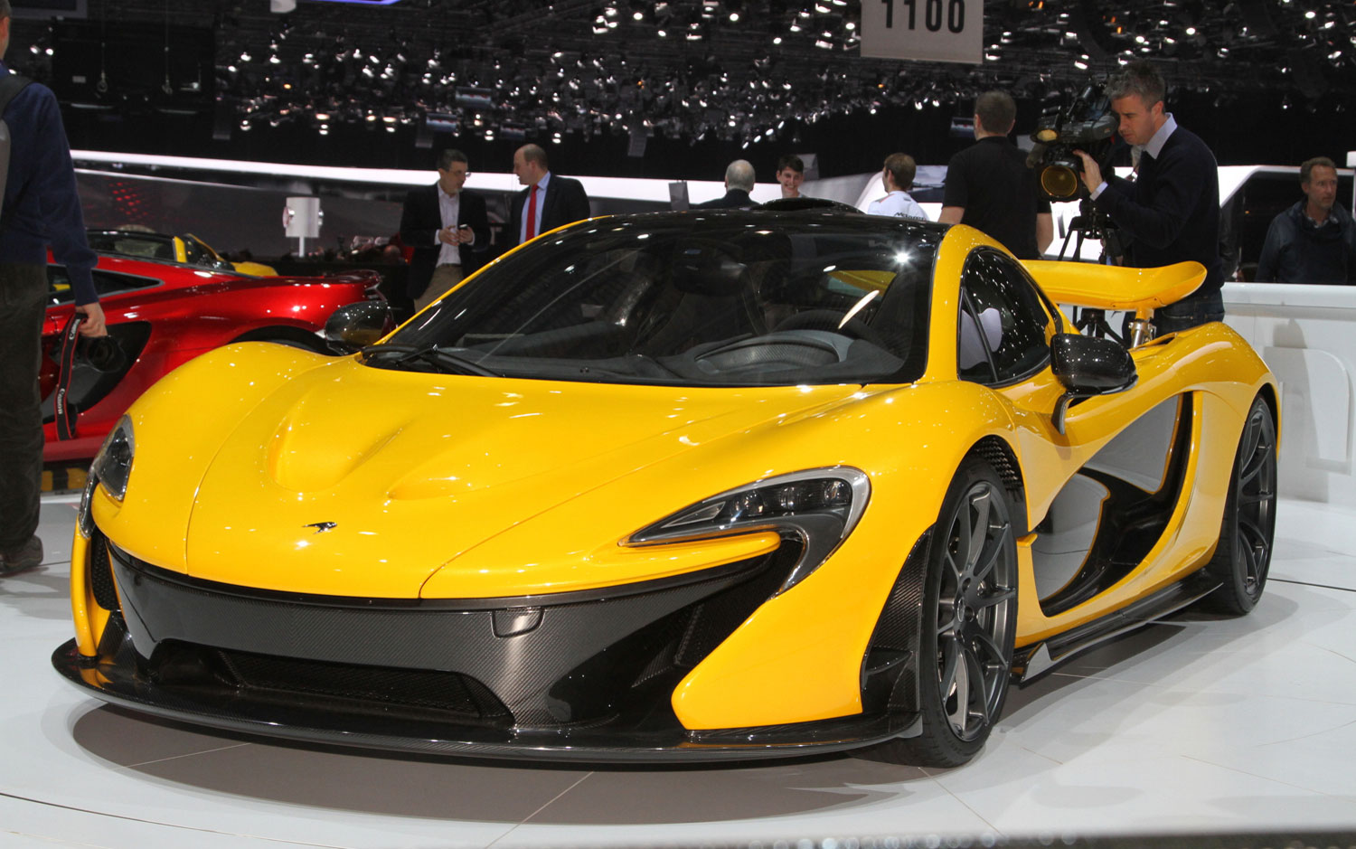 cars model 2013 2014 mclaren p1 first look. Black Bedroom Furniture Sets. Home Design Ideas
