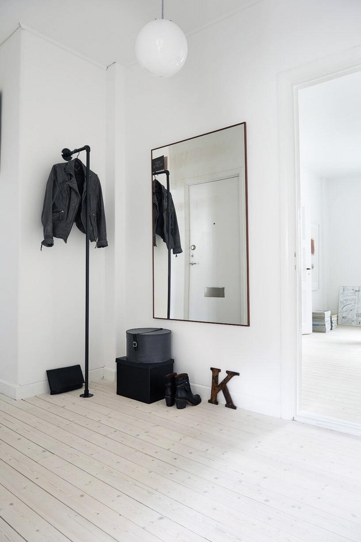 minimalist concrete design for home modern cement decor. Black Bedroom Furniture Sets. Home Design Ideas