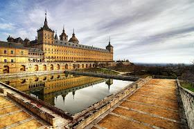 Monasterio de El Escorial - El monasterio del  Escorial, las puertas del infierno