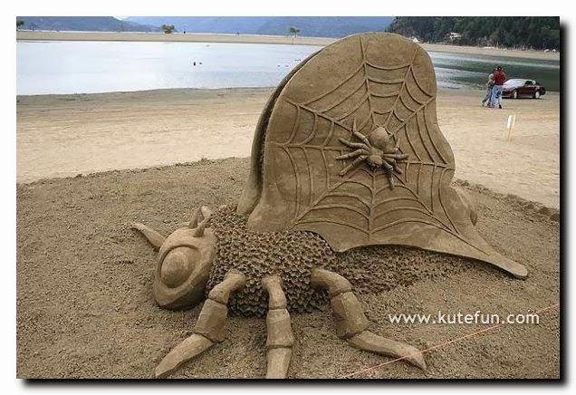 Seni Daripada Pasir Yang Menarik