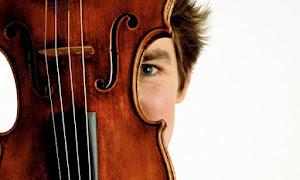 <strong>MOZART/Orq.Jovem CBM, Sinfonia Concertante para violino e viola K364 (III mov.)</strong>