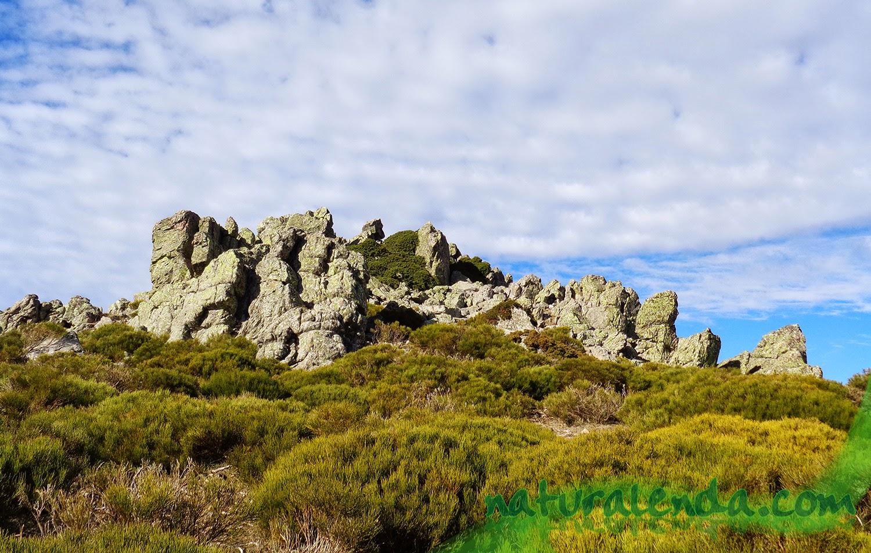 paisaje de formaciones rocosas