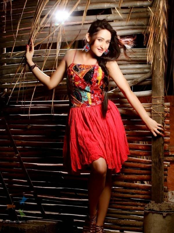 Beautiful Aditi Sajwan HD Wallpaper