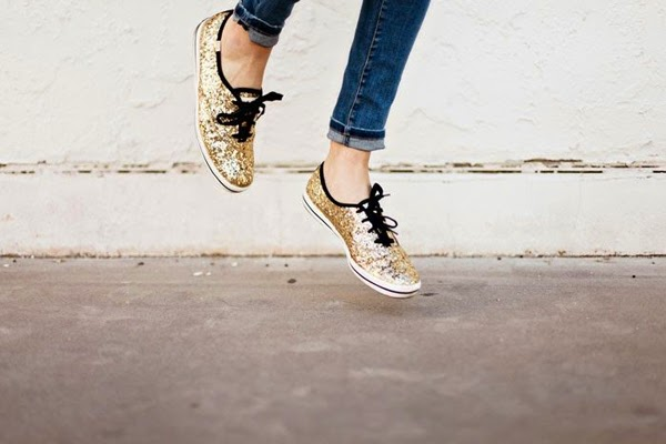Glitter Keds {via A Little Dash of Darling} || Sprinkles and Style