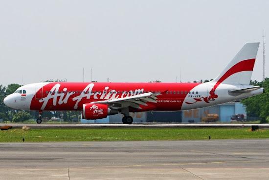 Pesawat Maskapai AirAsia. ZonaAero