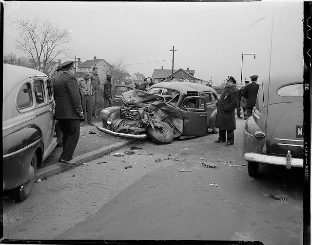 Vintage everyday old photos of car accidents in the 1940 s