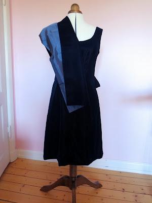 StinaP omsydd klänning sammet sjal